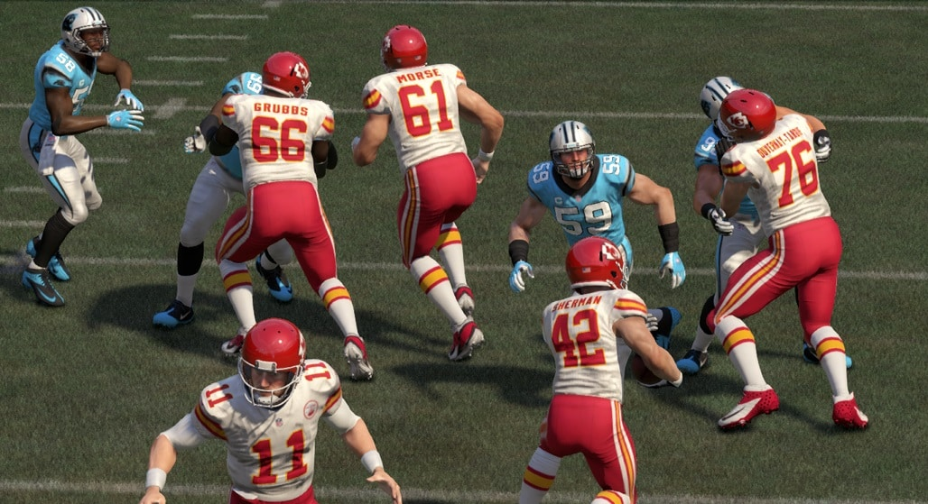 madden16_defense_stopping_FB_divejpg