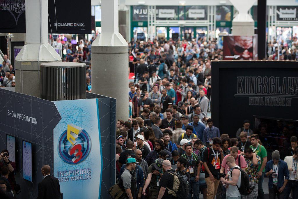 e3 2016 crowds